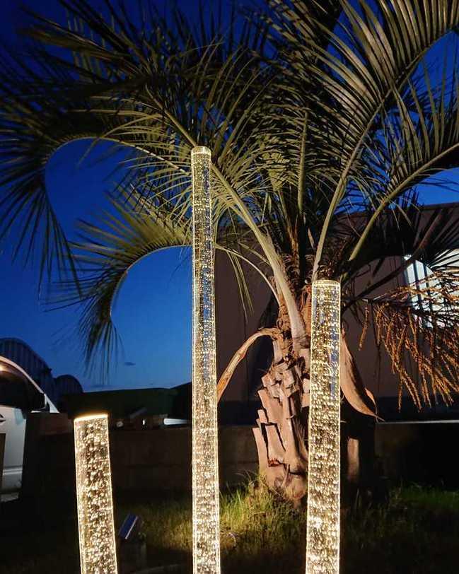 エクアライブ ヤシの木 照明