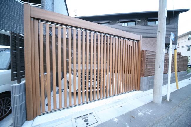 スライディングゲート ライアーレ 車庫