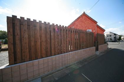 目隠しフェンス 木製フェンス エコアコールウッド
